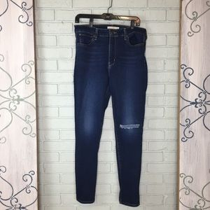 Levi's 721 High Rise Skinny Jeans Size 32